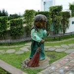 Large Sculpture by Kublai Millan